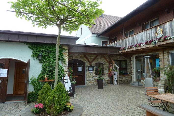Gasthof Erlhof, Ursensollen-Erlheim, Bier in Bayern, Bier vor Ort, Bierreisen, Craft Beer, Brauerei, Bierrestaurant