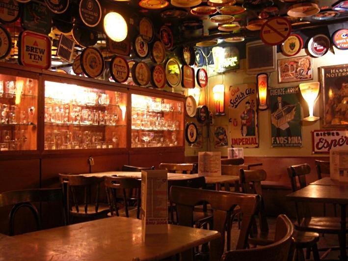 Délirium Café, Brüssel, Bier in Belgien, Bier vor Ort, Bierreisen, Craft Beer, Bierbar