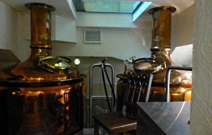 "Piwnij Restoran ""Koroliwska Piwowarnia"", Пивний Ресторан ""Королівська Пивоварня"", Lviv, Bier in der Ukraine, Bier vor Ort, Bierreisen, Craft Beer, Brauerei, Gasthausbrauerei"