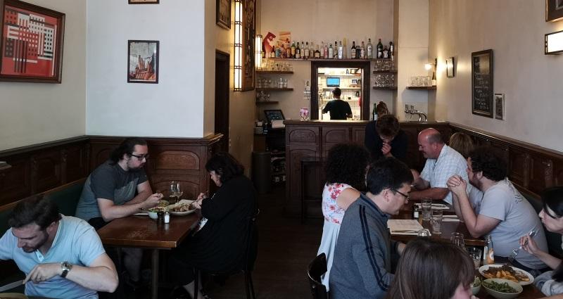 Nuetnigenough, Brüssel, Bier in Belgien, Bier vor Ort, Bierreisen, Craft Beer, Bierrestaurant