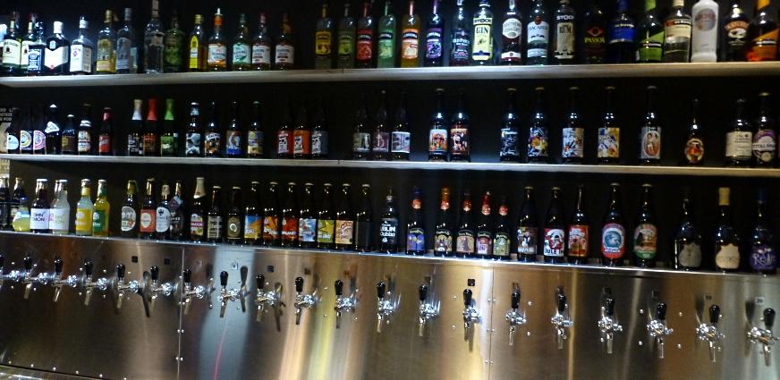 Multi Qlti Tap Bar, Kraków, Bier in Polen, Bier vor Ort, Bierreisen, Craft Beer, Bierbar