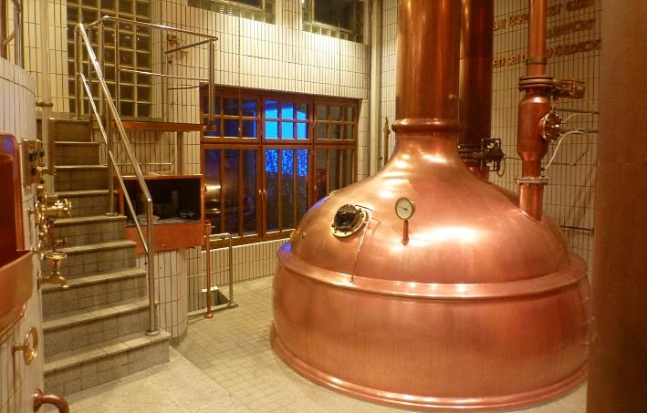 Uerige Obergärige Hausbrauerei GmbH, Düsseldorf, Bier in Nordrhein-Westfalen, Bier vor Ort, Bierreisen, Craft Beer, Brauerei, Gasthausbrauerei