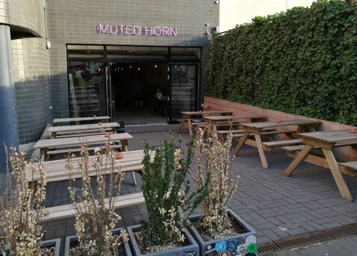 Muted Horn, Berlin, Bier in Berlin, Bier vor Ort, Bierreisen, Craft Beer, Bierbar
