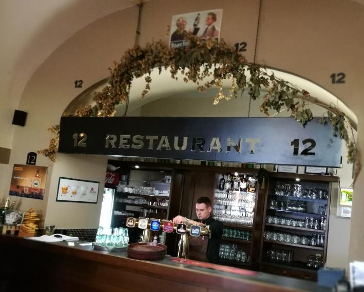 Restaurace 12, Plzeň, Bier in Tschechien, Bier vor Ort, Bierreisen, Craft Beer, Bierrestaurant
