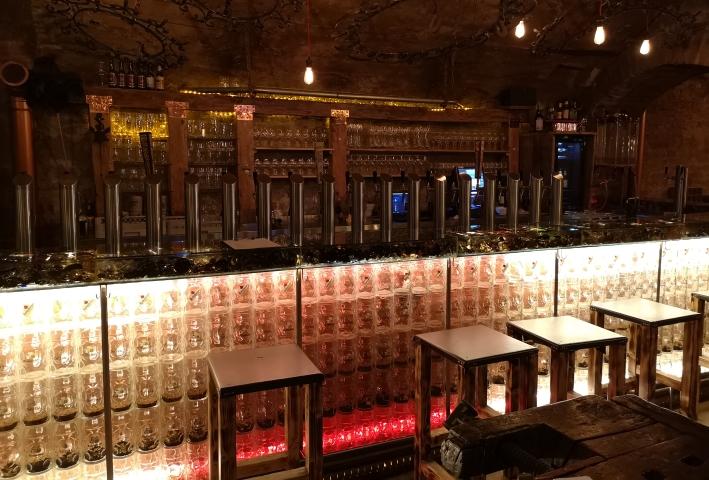 birretta Bier Bar, Regensburg, Bier in Bayern, Bier vor Ort, Bierreisen, Craft Beer, Bierbar
