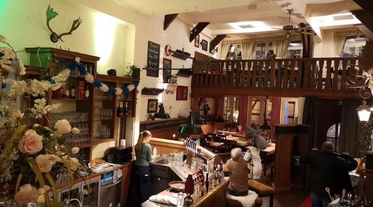 Paulaner zum Landsknecht, Höxter, Bier in Nordrhein-Westfalen, Bier vor Ort, Bierreisen, Craft Beer, Bierbar, Biergarten, Bierrestaurant