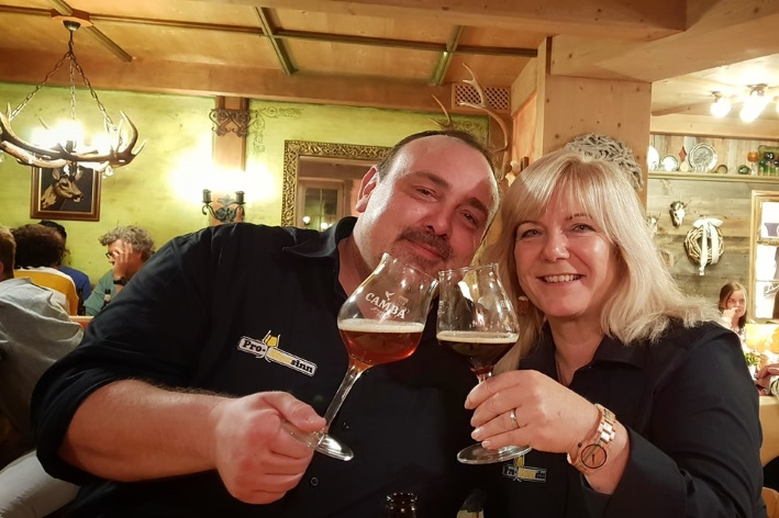 Craft Bier Dinner Akams, Lustiger Hirsch Akams, Camba Bavaria, Pro-Biersinn, Akams, Bier in Bayern, Bier vor Ort, Bierreisen, Craft Beer, Bierseminar, Bierrestaurant