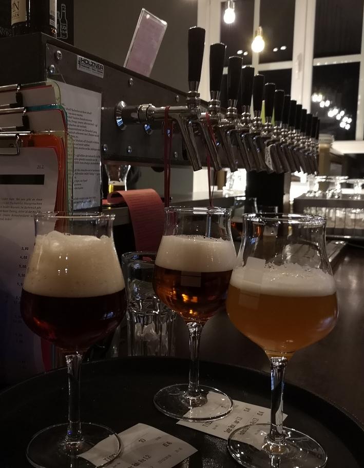 Wir Komplizen, Frankfurt am Main, Bier in Hessen, Bier vor Ort, Bierreisen, Craft Beer, Bierbar