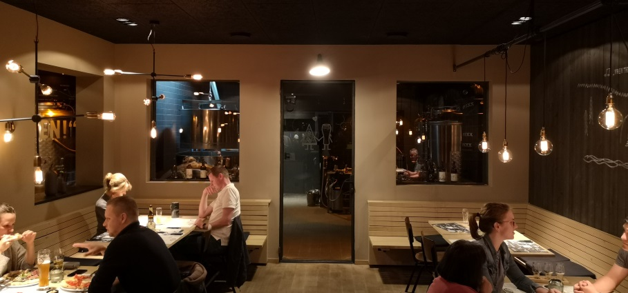 BREXX. Bier. Pizza. Bowling., Höhr-Grenzhausen , Bier in Rheinland-Pfalz, Bier vor Ort, Bierreisen, Craft Beer, Brauerei, Gasthausbrauerei