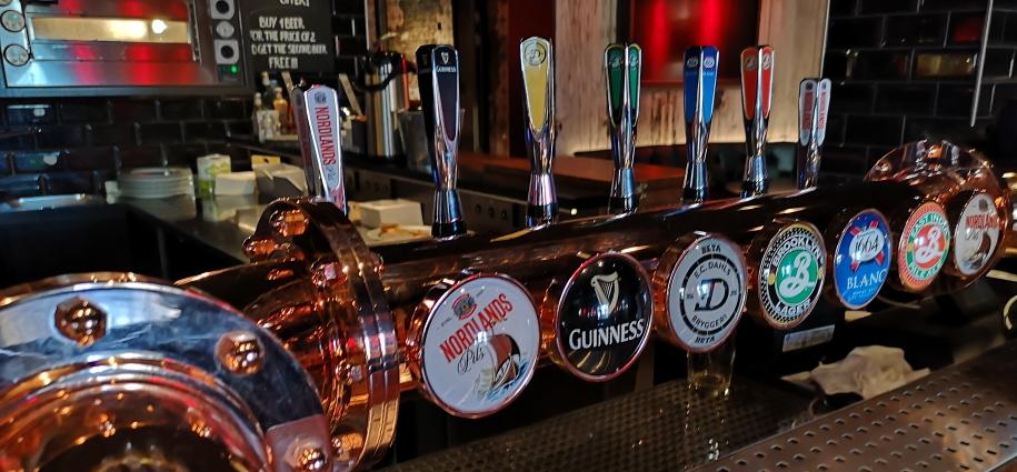 Styrhuset Pub, Svolvær, Bier in Norwegen, Bier vor Ort, Bierreisen, Craft Beer, Bierbar, Pub