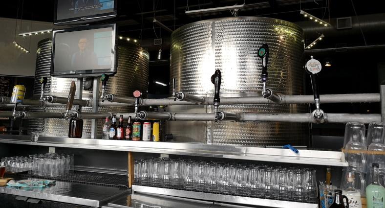 Taps Brewhouse, Niagara Falls, Bier in Kanada, Bier vor Ort, Bierreisen, Craft Beer, Brauerei, Taproom