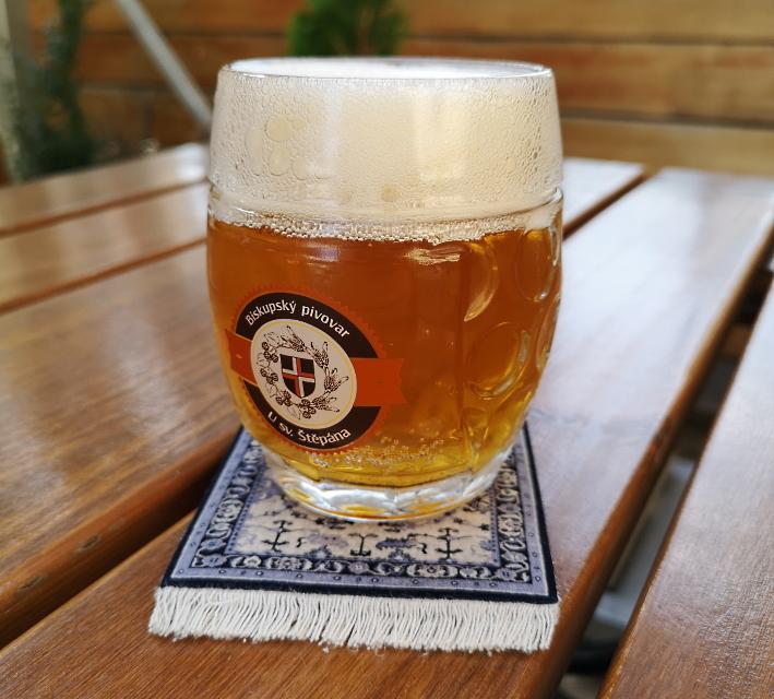 Biskupský Pivovar U Sv. Štěpána, Litoměřice, Bier in Tschechien, Bier vor Ort, Bierreisen, Craft Beer, Brauerei, Gasthausbrauerei, Biergarten