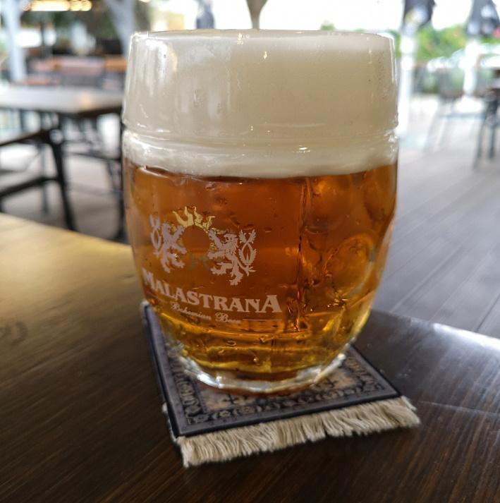 Pivovar a Restaurace Vojanův Dvůr, Praha, Bier in Tschechien, Bier vor Ort, Bierreisen, Craft Beer, Brauerei, Gasthausbrauerei, Biergarten, Bierrestaurant