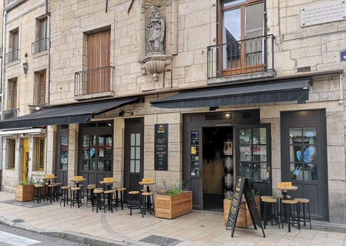 Les BerThoM Dijon, Dijon, Bier in Frankreich, Bier vor Ort, Bierreisen, Craft Beer, Bierbar
