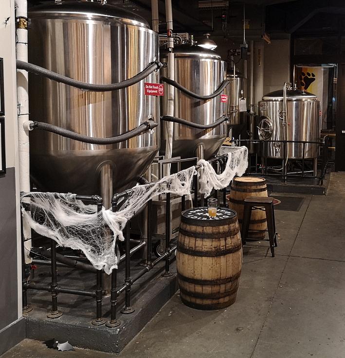 Red Bear Brewing Co., Washington D.C., Bier in den USA, Bier vor Ort, Bierreisen, Craft Beer, Brauerei, Gasthausbrauerei, Taproom