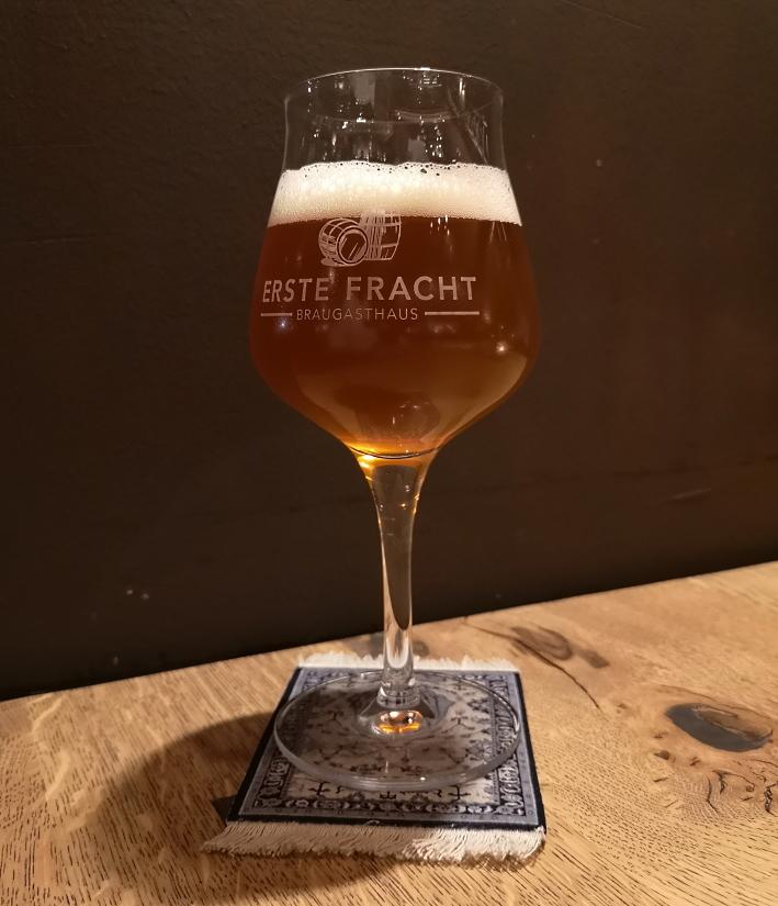 Erste Fracht Braugasthaus, Karlsruhe, Bier in Baden-Württemberg, Bier vor Ort, Bierreisen, Craft Beer, Bierbar, Bierrestaurant