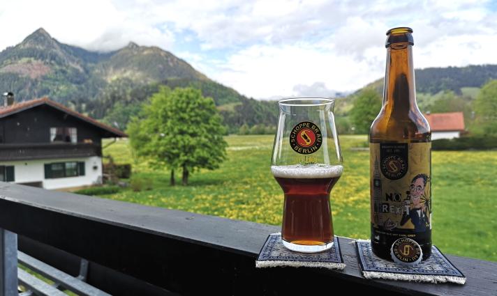 """""""Schoppyman braucht mal kurz eure Hilfe"""", Berlin, Bier in Berlin, Bier vor Ort, Bierreisen, Craft Beer, Brauerei, Gasthausbrauerei"""
