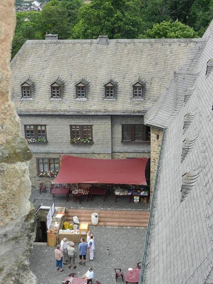 Schaubrauen im Biedenkopfer Schlosshof, Biedenkopf, Bier in Hessen, Bier vor Ort, Bierreisen, Craft Beer, Schaubrauen