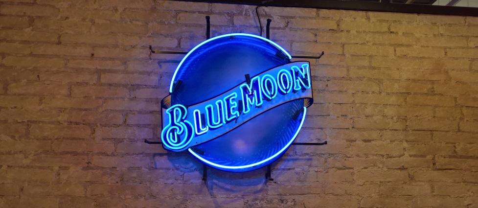 Blue Moon Valencia – Craft Beer & Restaurant, Valencia, Bier in Spanien, Bier vor Ort, Bierreisen, Craft Beer, Bierbar