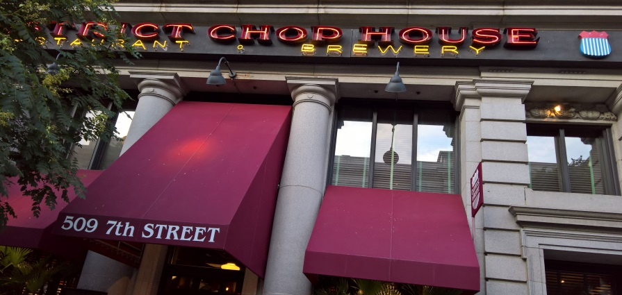District ChopHouse & Brewery, Washington, Bier in Washington, Bier vor Ort, Bierreisen, Craft Beer, Brauerei