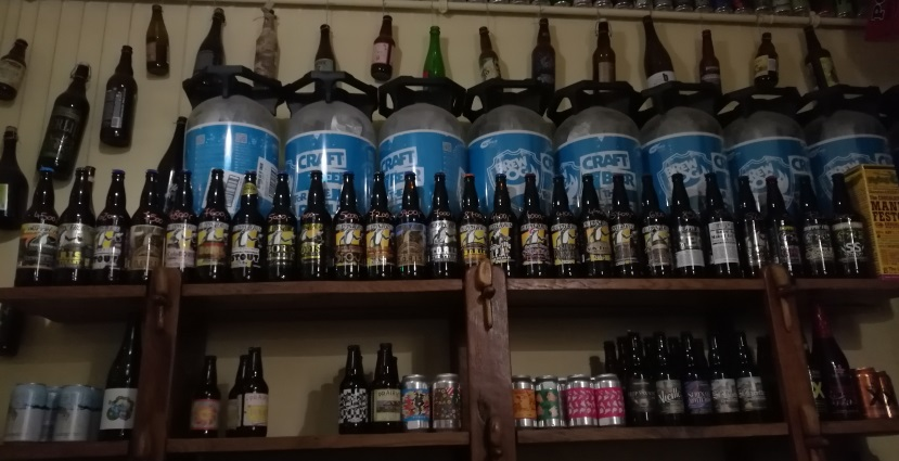 Csak a jó sör, Budapest, Bier in Ungarn, Bier vor Ort, Bierreisen, Craft Beer, Bierbar, Bottle Shop