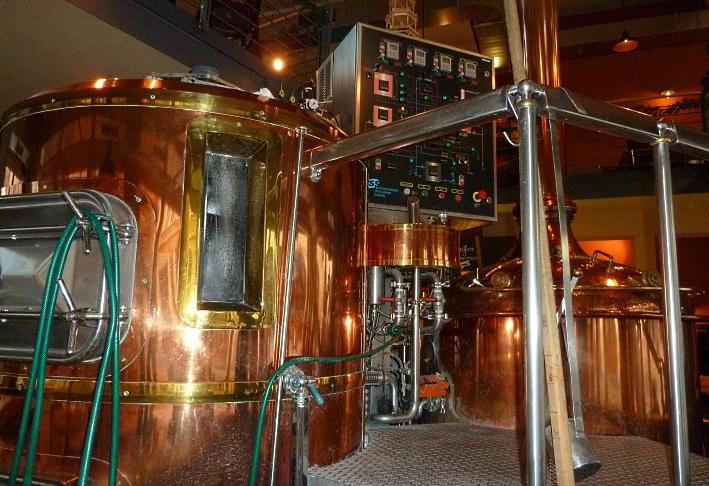 Hallesche Spezialitätenbrauerei Kühler Brunnen GmbH & Co.KG (Hallesches Brauhaus), Halle, Bier in Sachsen-Anhalt, Bier vor Ort, Bierreisen, Craft Beer, Brauerei, Gasthausbrauerei