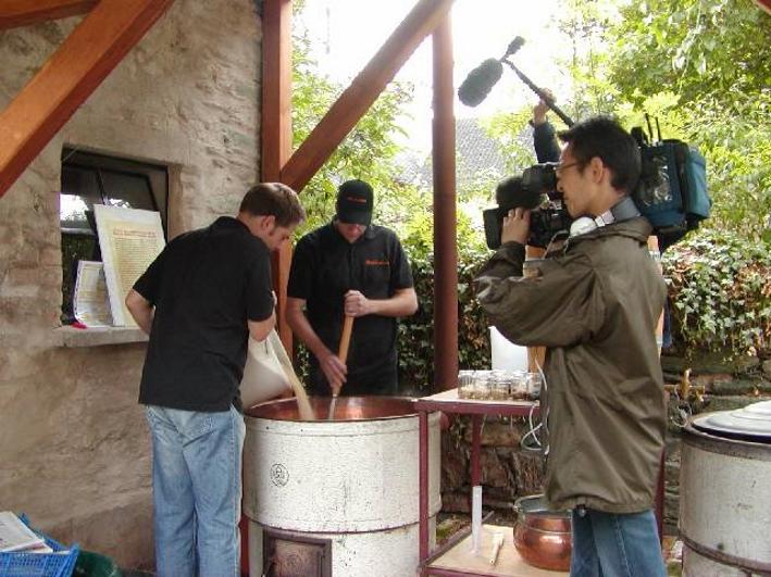 Japanisches Fernsehen zu Gast bei den Limburger Hobbybrauern, Limburg-Dietkirchen, Bier in Hessen, Bier vor Ort, Bierreisen, Craft Beer, Schaubrauen