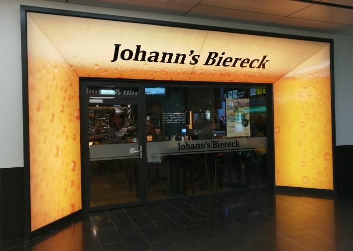 Johann's Biereck, Schwechat, Bier in Österreich, Bier vor Ort, Bierreisen, Craft Beer, Bierbar