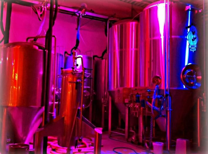 Landgang Brauerei GmbH & Co. KG, ehem. Hopper Bräu GmbH & Co. KG, Hamburg, Bier in Hamburg, Bier vor Ort, Bierreisen, Craft Beer, Brauerei