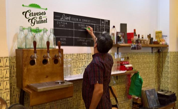 Llúpol Celler Cerveses, Valencia, Bier in Spanien, Bier vor Ort, Bierreisen, Craft Beer, Bierbar, Bottle Shop