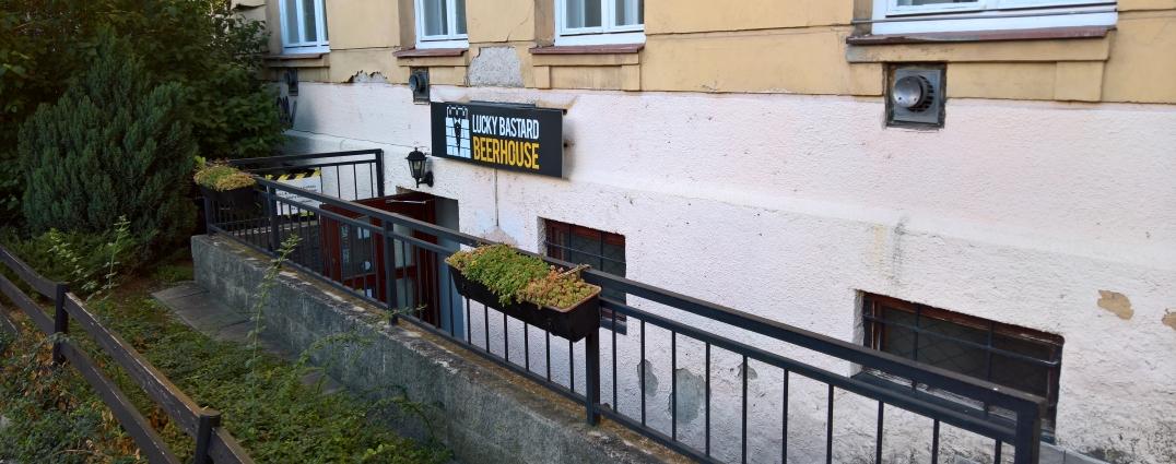 Lucky Bastard Beerhouse, Brno, Bier in Tschechien, Bier vor Ort, Bierreisen, Craft Beer, Bierbar, Biergarten