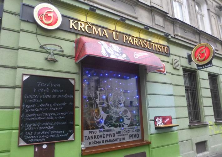Krčma u Parašutistů, Prag, Bier in Tschechien, vor Ort, Bierreisen, Craft Beer, Bierbar