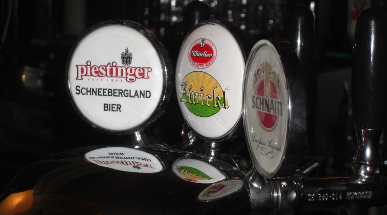 Feuerstein-Bar, Wien, Bier in Österreich, Bier vor Ort, Bierreisen, Craft Beer, Brauerei, Wien, Bier in Österreich, Bier vor Ort, Bierreisen, Craft Beer, Bierbar